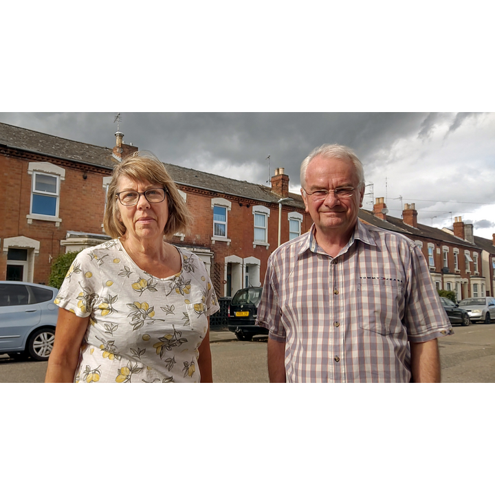 Angela Conder and Jeremy Hilton in Oxford Road